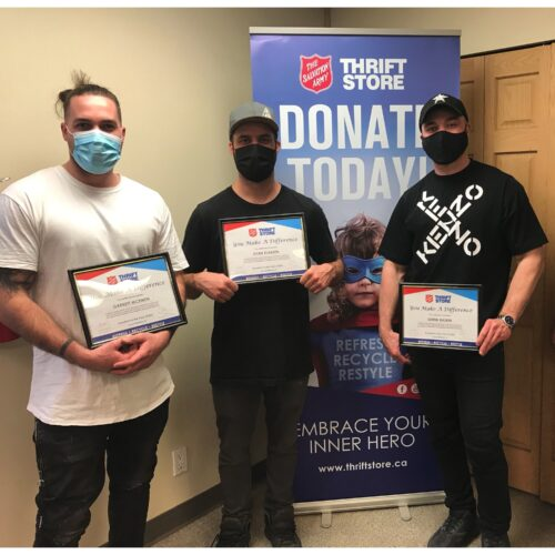 Winnipeggers Provide Support to Neighbours in Need Through Community Donation Drive 1