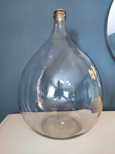 Erin - Three Ways to Style a Demijohn Glass Vase 1