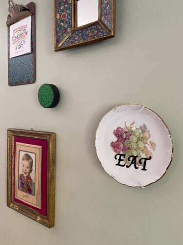 Finished product - Vintage Plate Wall Art DIY